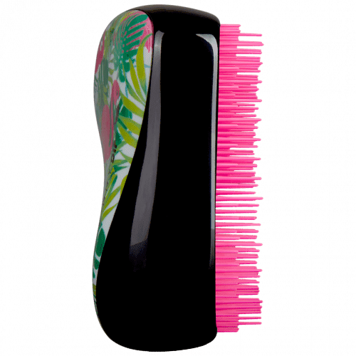 Расческа для волос Compact Styler Skinny Dip Palm FlamiКомпактная стильная расческа специально разработана, что бы везде брать ее с собой. Имеет съемную крышку для защиты запатентованных инновационных зубчиков от пыли и грязи. В любой момент просто достаньте расческу и в считанные минуты приведите волосы в порядок. Подходит для мокрых и сухих волос. Фантастическое, безболезненное распутывание происходит за счет безупречной конструкции зубчиков. При расчесывании Вы получаете расслабляющий и блаженный массаж головы. Безупречно подходит для распределения таких средств, как кондиционер, маска и т.д. Фиксирует пряди при дальнейшей сушке феном. При расчесывании Tangle Teezer Ваши волосы получат дополнительный объем за счет максимального подъема волос у корней.<br>