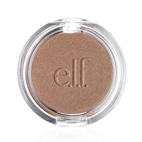 Бронзер для лица Sunkissed Glow Bronzer Warm Tan тон 23182E, 5 гКожа, сияющая здоровьем и свежестью, - это лучшее украшение образа представительницы прекрасного пола. Оттенок легкого загара только усилит этот эффект, позволяя выглядеть еще более очаровательно и соблазнительно. С бронзером для лица от американского бренда e.l.f. вы сможете наслаждаться загаром в любое время года, даже если нет возможности отдохнуть у морского побережья.&#13;<br> &#13;<br> Косметическое средство имеет шелковистую текстуру, легко и равномерно наносится, создавая гладкое и естественное покрытие. Бронзер не придает коже неприятный оранжевый оттенок, а также не подчеркивает несовершенства. Продукт представлен в двух тонах, созданных для светлой и более темной кожи. С ним вы сможете отказаться от солярия, в то же время сохраняя безупречный бронзовый цвет лица.&#13;<br> &#13;<br> Способ применения: смешайте все оттенки большой кистью для лица или нанесите каждый цвет отдельно для моделирования. &#13;<br> &#13;<br> Состав: Talc, Mica, Magnesium Stearate, Paraffinum Liquidum (Mineral Oil), Polyethylene, Tin Oxide, T...<br>