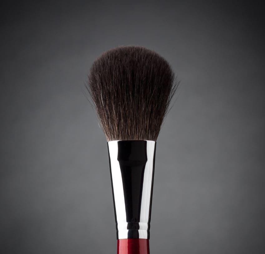 Фото - Ludovik, Кисть овальная для пудры, сухой коррекции и румян, белка, d 22, 3b valeri d кисть для пудры и румян из волоса белки со скосом 22м 2240