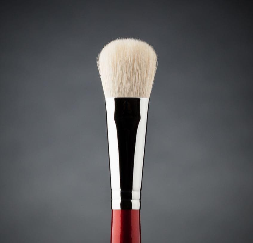 Фото - Ludovik, Кисть овальная для сухой коррекции и румян, коза белая, d 15, 31wk valeri d кисть для пудры и румян из волоса белки со скосом 22м 2240