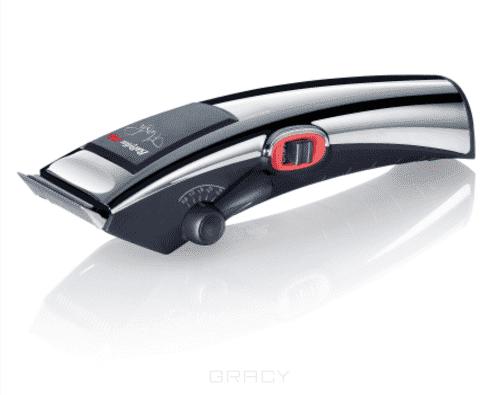 Машинка для стрижки волос Flash FX668EПрофессиональная машинка для стрижки волос BaByliss PRO Flash FX668E. Регулятор длины (5 позиций: 0.8 / 1.2 / 1.6/ 2.0 и 2.4 мм).&#13;<br>Гладкое хромированное покрытие с прорезиненными элементами на основании для максимально комфортного использования, лезвия 45 мм из нержавеющей стали алмазной заточки, удобные насадки для стрижек длиной 3 / 6 / 9.5 / 13 /16 / 19 / 22 и 25 мм, время автономной работы 60 минут, быстрая зарядка 2 часа, детально устойчивая подставка для зарядки, вес 230 гр, длина провода 3 м.<br>