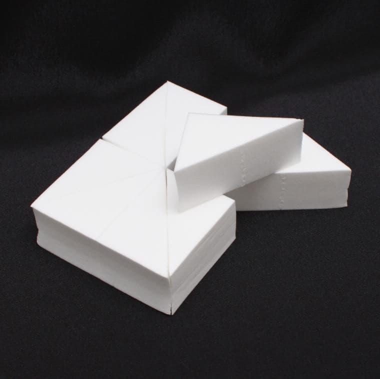 Ludovik Набор спонжей №1 Triangles vs набор треугольных спонжей для макияжа 4 шт triangular makeup sponges set kit de eponges de maquillage triangulaires